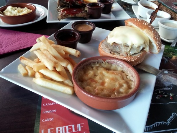 Hippo Cheese Burger @Hippopotamus
