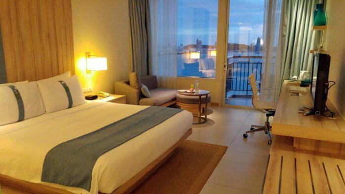 Bay Tower Room at Holiday Inn Pattaya
