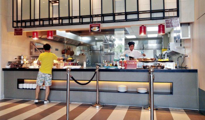 East Coast Kitchen at Holiday Inn Pattaya